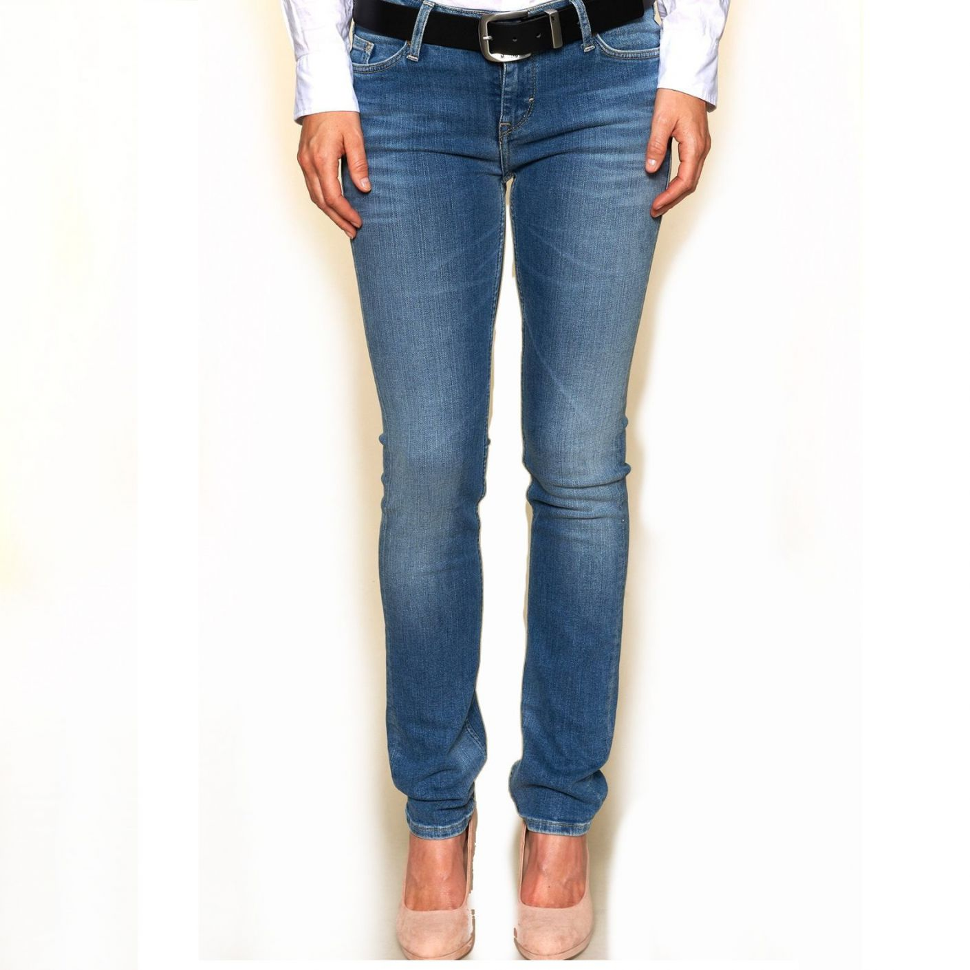 Mustang Jeans Jasmin Brushed Bleached 586-5039-512 27-30
